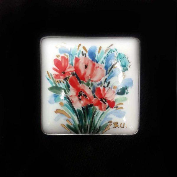 Brosa portelan motiv floral 2