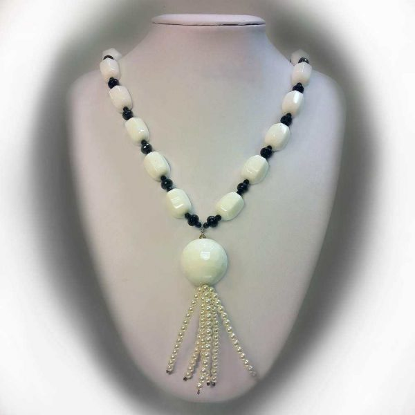 Colier cu pietre agate,onix si perle