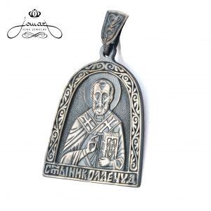 Pandantiv religios Sf. Nicolae semioval, patinat din argint 925 / P37.3